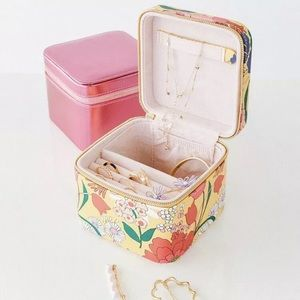 ban.do | Floral Getaway Jewelry Travel Case